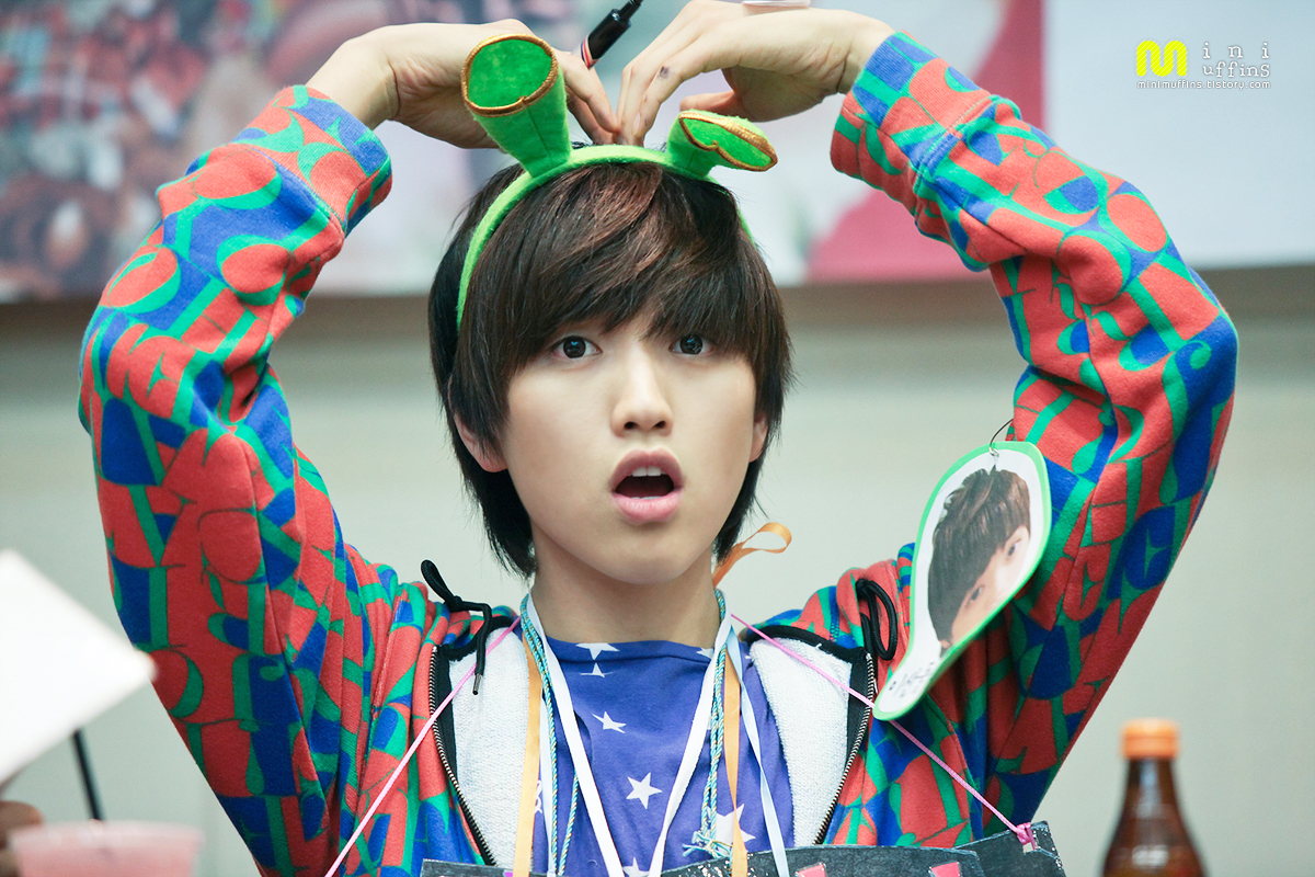 http://b1a4forindonesia.files.wordpress.com/2011/10/sandeul-44.jpg